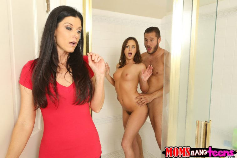 Moms Bang Teens India Summer & Hope Howell in Hot for Hope with Danny Mountain 5