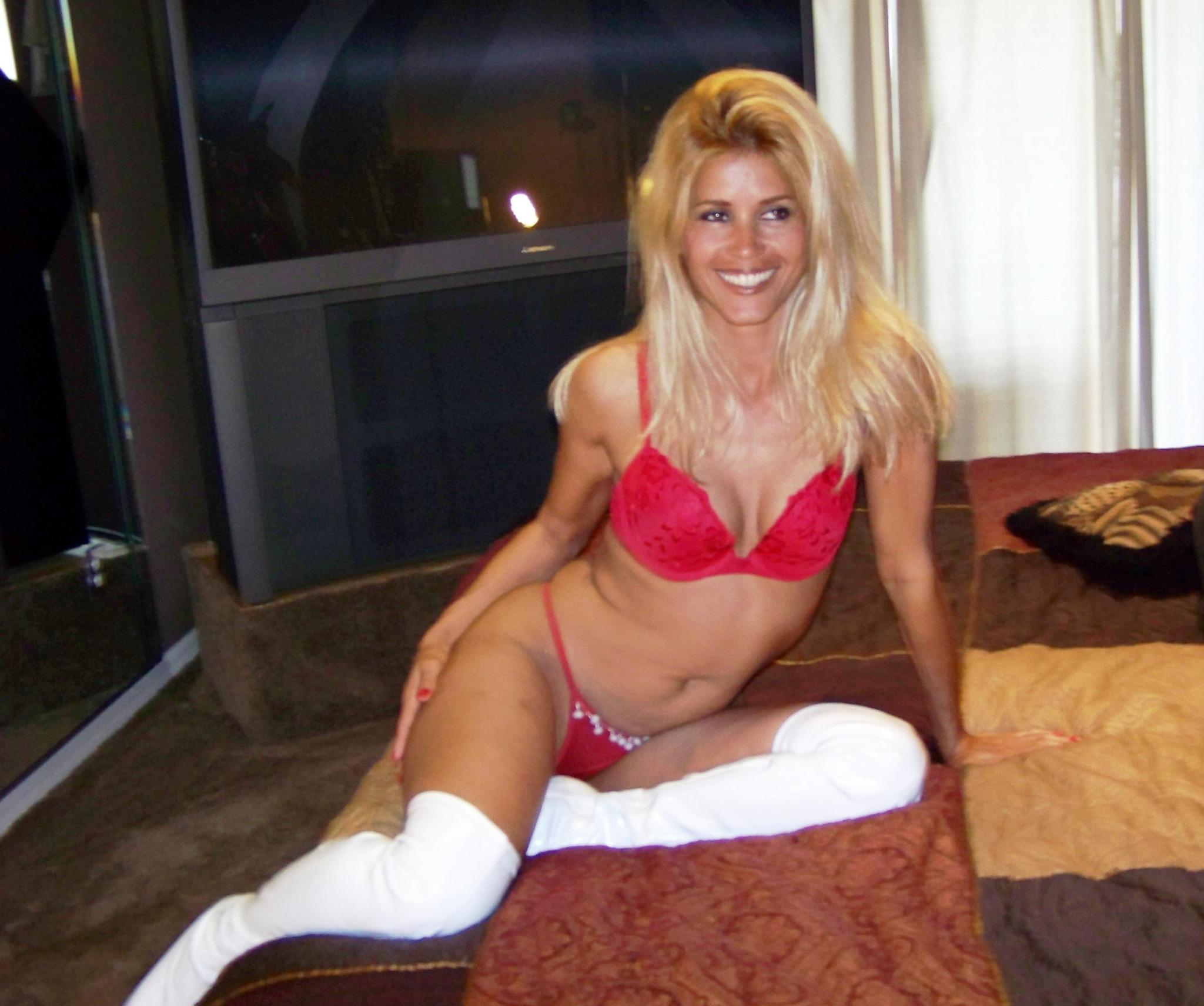 Gina Gold Porn